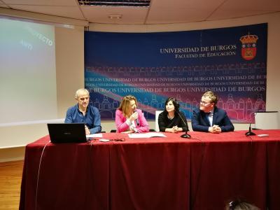 Imagen de la charla sobre el proyecto en la Universidad de Burgos